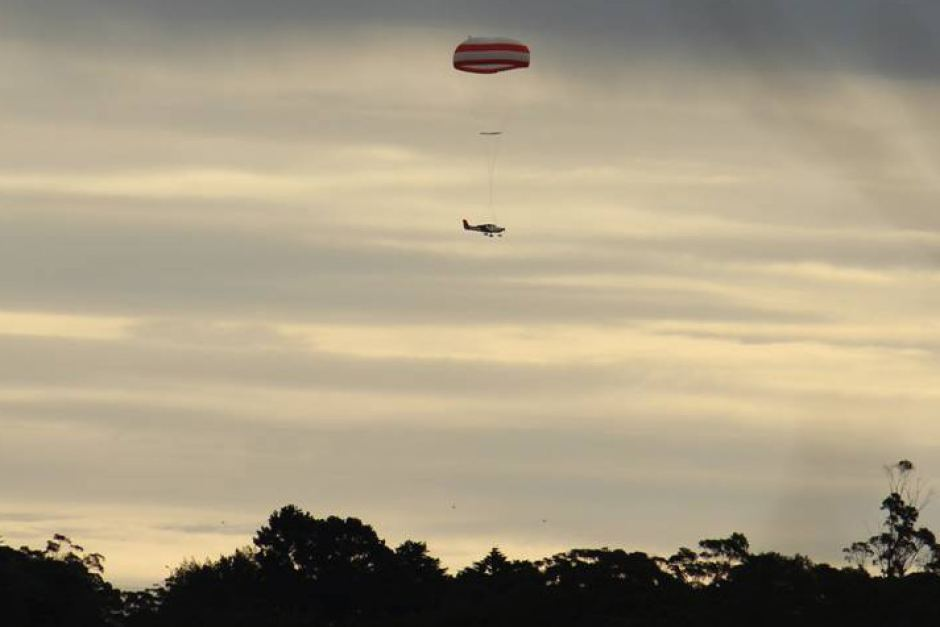 avion-parachute-australie