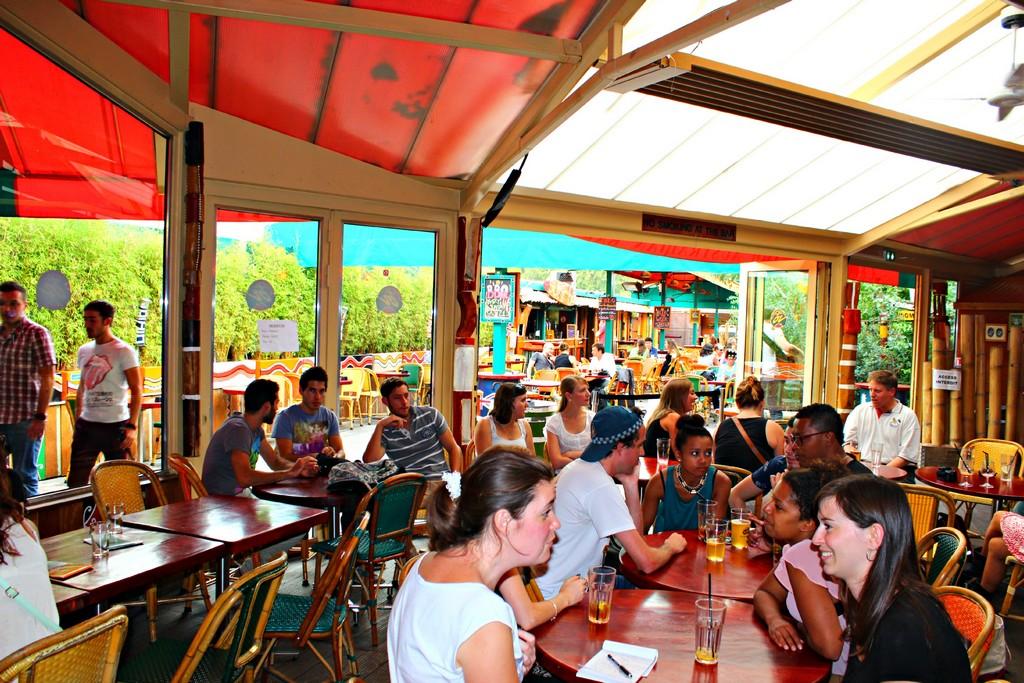 Reunion des backpackers Australie au Café Oz