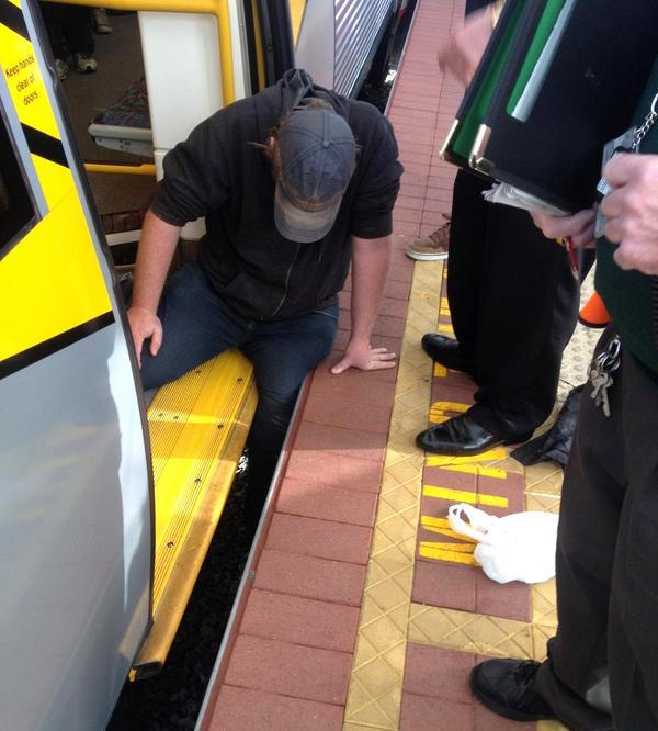 Perth-metro-jambe