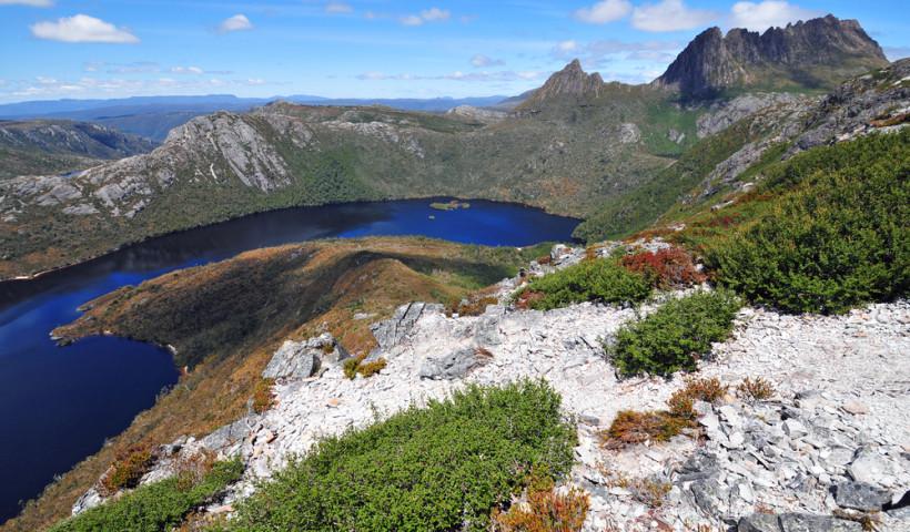 Dove-Lake-Australia