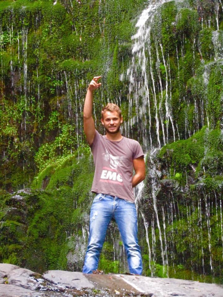 Yoann Backpacker Australe Experience My Little France Birsbane